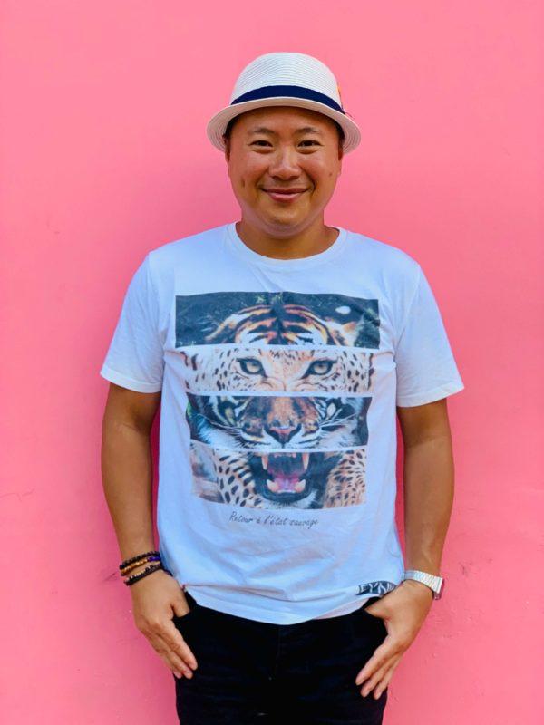 Contact Hoang Explorer