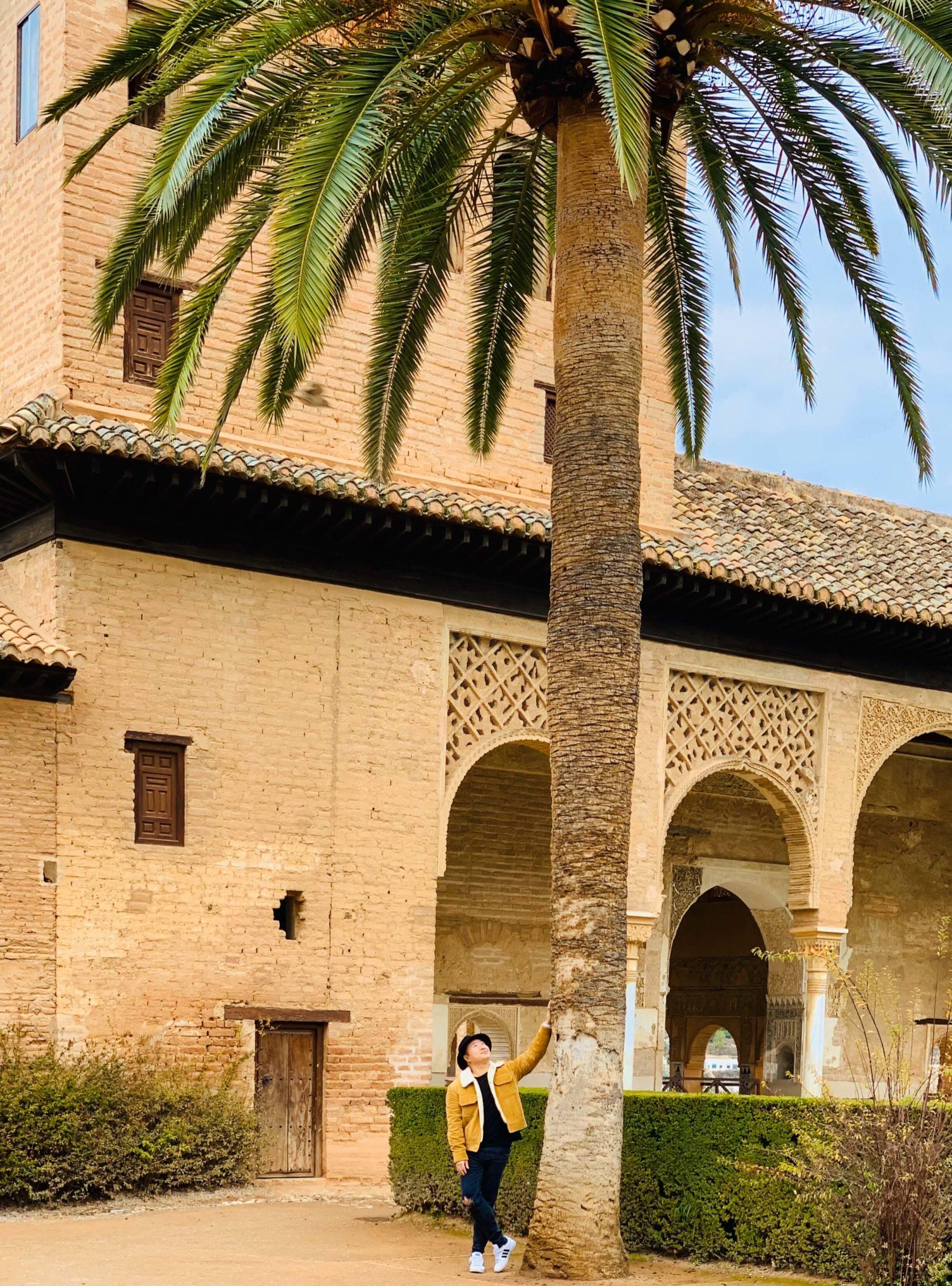 Bibendum Tour - Hoang dans les Jardins de l'Alhambra